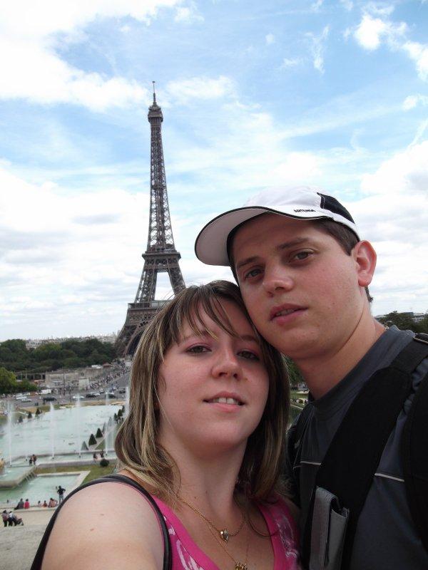 MOI ET MON AMOUR A PARIS