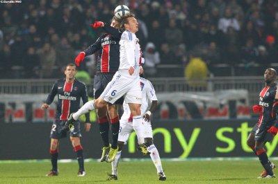 Lyon 2 - 2 PSG