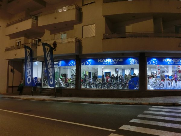"NOUVEAU  ""  BIKE SHOP KANDANI IBIZA  ""  !!!!!!"