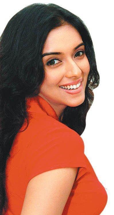 Cute Princess angelic sizzling gorgeous   ASIN....