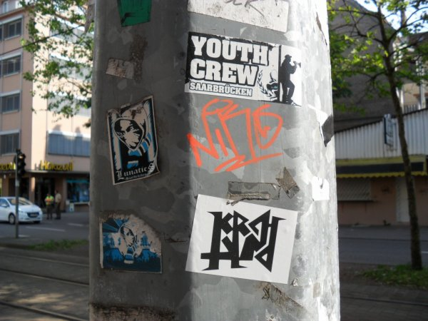 YOUTH CREW LUNATICS NIKS