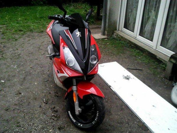 Mon scooter peugeot jet force 50cc <3 <3 <3 <3