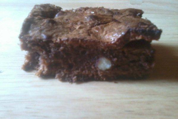 Brownie chocolat au lait et noisettes