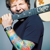 """""""Je ne peux pas vous donner la clé du succes mais la clé de la défaite c'est d'essayer de plaire aux autres."""" Ed Sheeran"""