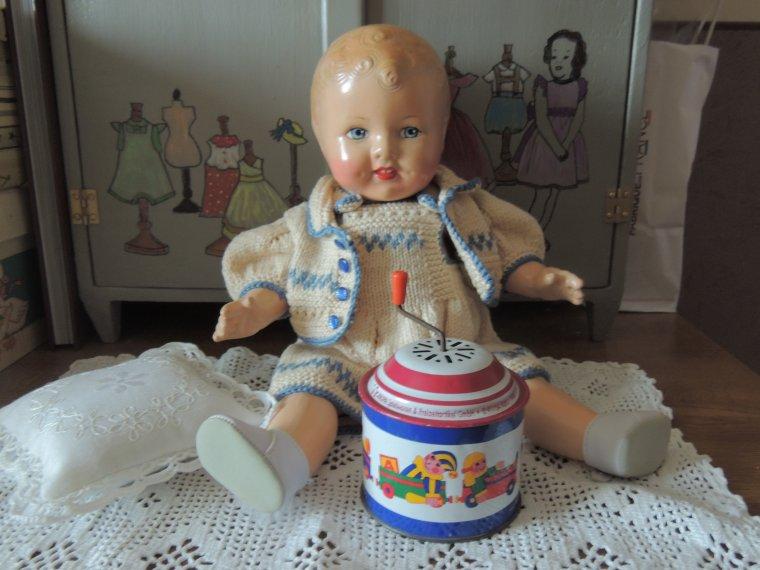 Marcelino bébé de 40cm americain en composition