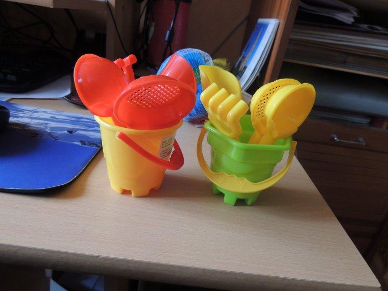 des jouets pour nos poupees à gyfi.......