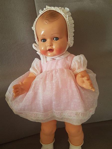 ma 2ieme raynal pour septembre  catherine 1957......38cm  trop belle je suis contente
