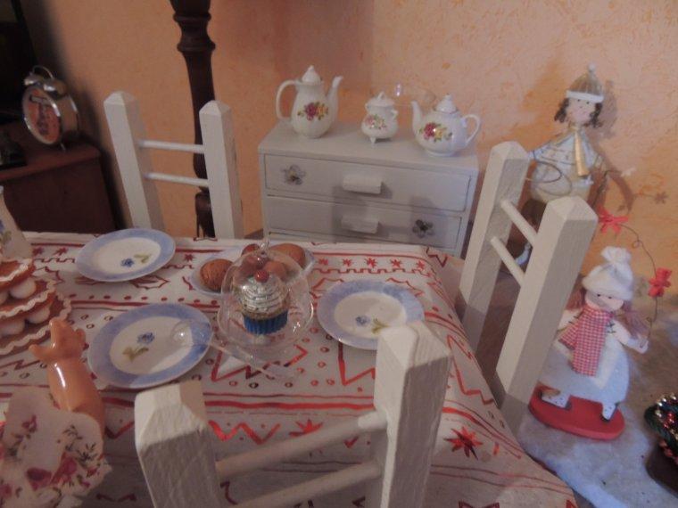 les petits effanbee mettent la table