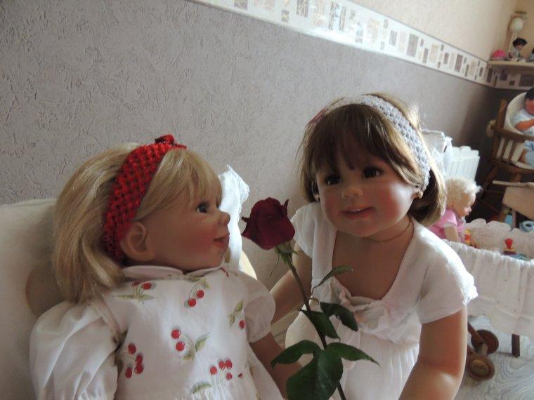 bonne fête maman..................merci les filles