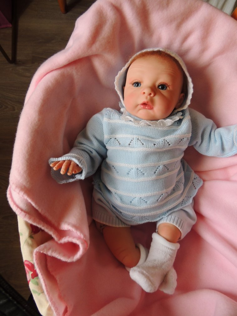 sophie , mon bébé étonné je l'adore.