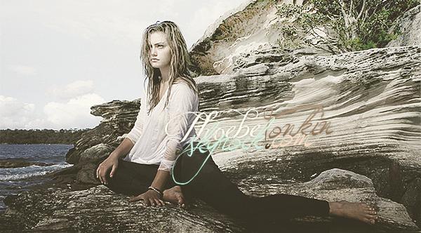Bienvenue sur PhoebeTonkin : Votre blog source sur la fabuleuse Phoebe Tonkin. [/alig fen]