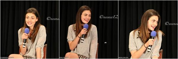 ------09/08/14 -Phoebe était à une conférence de The Vampire Diaries à Dallas!