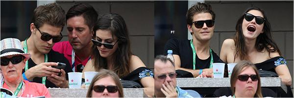 ------30/08/14 -Phoebe & Paul Wesley (alias le couple le plus cute et discret au monde) étaient au US Open...
