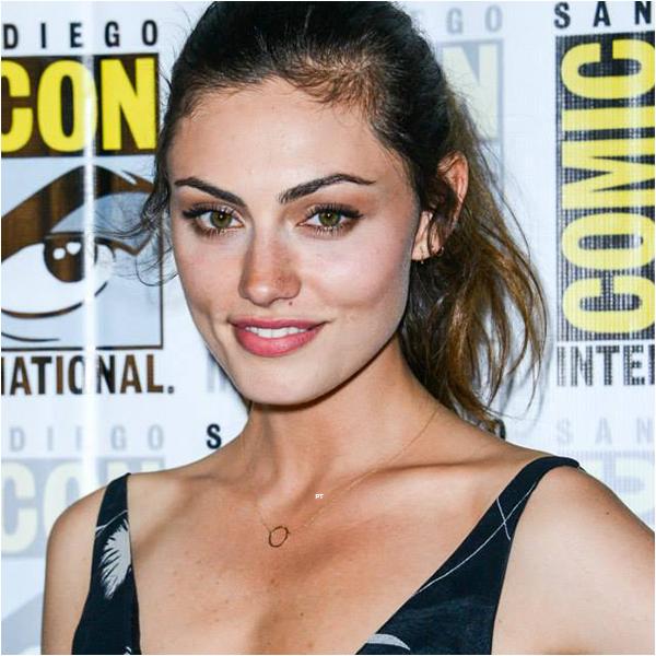 ------25/07/14 Phoebe au Comic Con à San Diego !