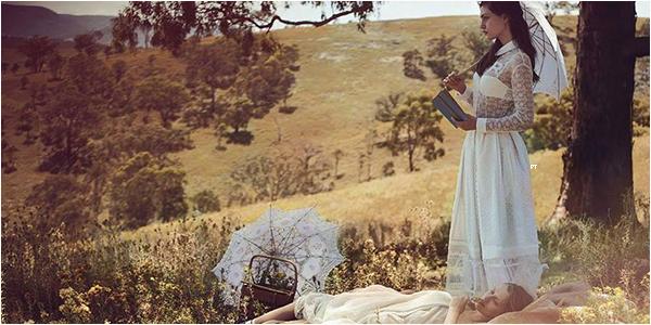 ------ Shoot-Découvrez le shoot de Phoebe et de sa BFF Teresa Palmer pour le magazine Vogue Australia...