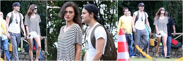 ------ 01/05/15-Phoebe & Paul profitaient de leur premier jour au Brésil en se promenant à Rio...