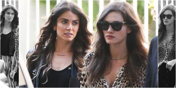 ------ 02/05/15-Phoebe & Nikki on été aperçu ensemble à Rio..