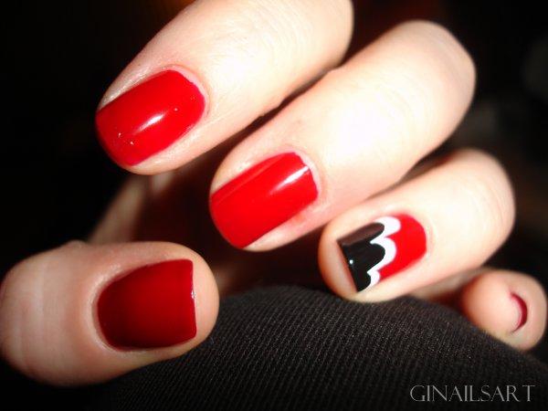 Nail art: En rouge et noir