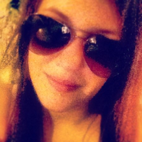I'm Sarah - 23 ans - Belge - Faible