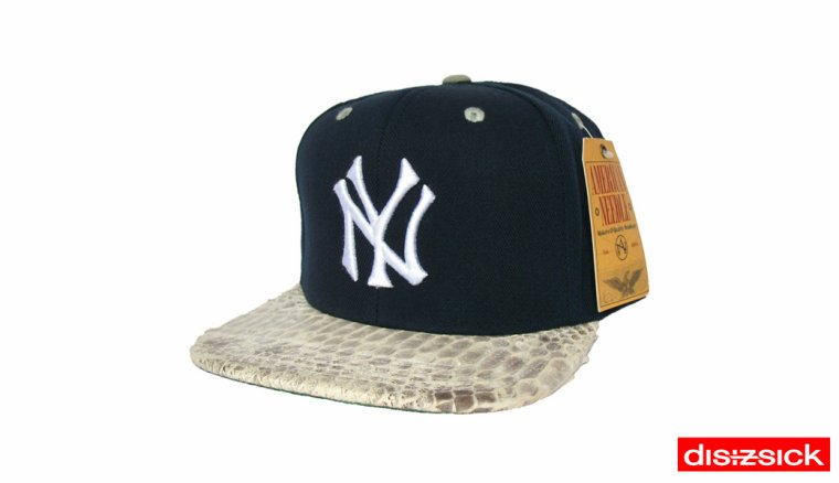Casquette Snapback American Needle Customisee en Reelle Peau de Serpent - Casquette NEW YORK Officielle NBA - EDITION LIMITEE