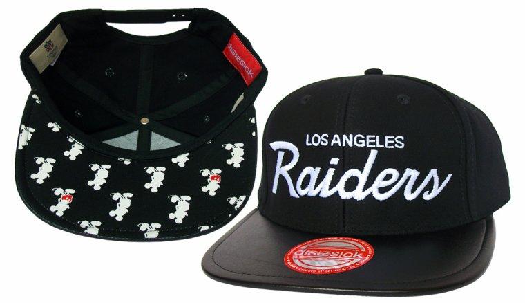 Casquette Los Angeles Raiders Customisee avec du Cuir Noir et un tissu Japonais imprime Mickey Mouse - Snapback Officielle NFL - EDITION LIMITEE