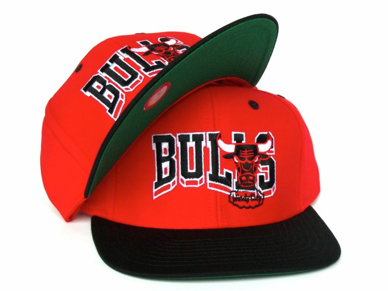 Casquette Neuve Ajustable - NBA (hardwood Classics) - Chicago Bulls Snapback - Adidas
