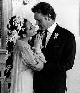 Liz Taylor et Richard Burton.....l'Amour FOU......