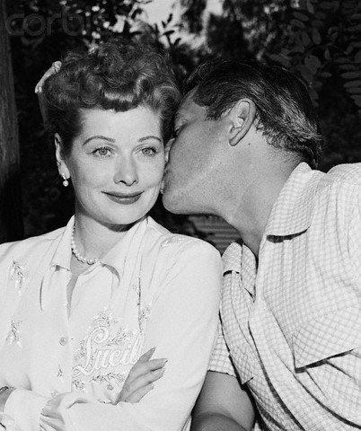 Pour la st.Valentin j'ai choisi de vous parlé de deux Amoureux peu connu a notre époque ; Lucille Ball et Dési Arnaz ......