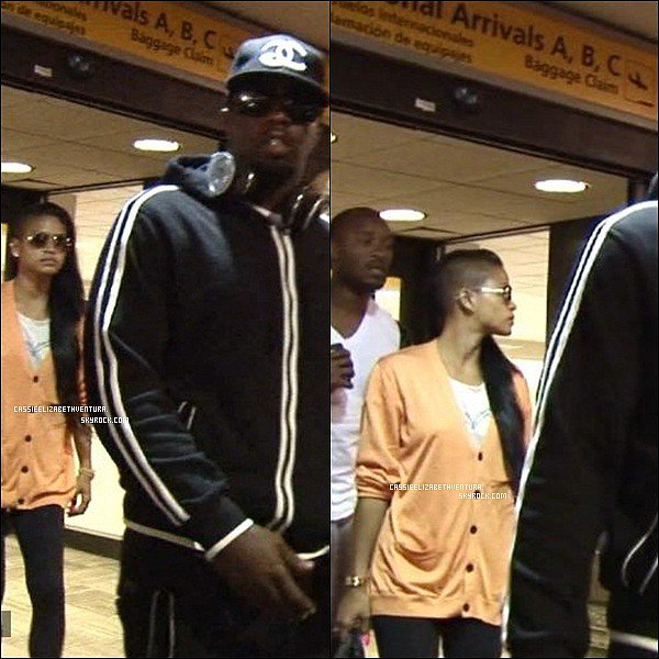 18/08/2012 : Cassie arrivant à l'aéroport de JFK à New York accompagnée de P.Diddy. Top ou Flop ?