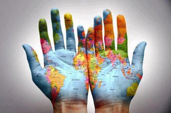 Les mains de demain sont notre destin