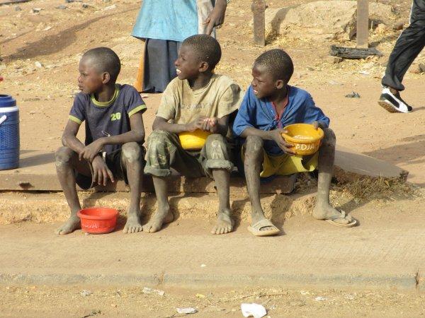 Les Talibés - Les petits mendiants du Sénégal et d'aiileurs
