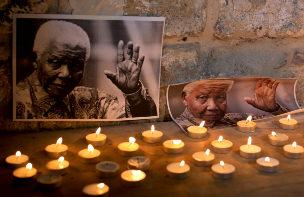 INVICTUS............ William Ernest Henley  - Le poème préféré de Nelson Mandela