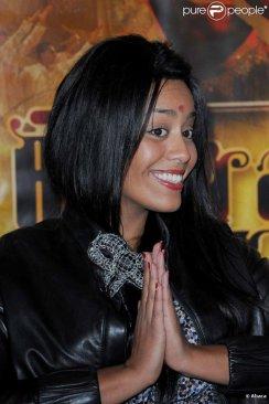 Première du spectacle Bharati, au Palais des Congrès de Paris, le 2 novembre 2010 : Amel Bent :)