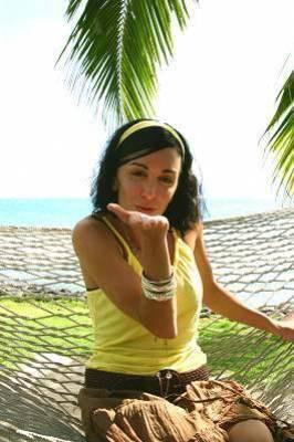 une de mes photos preférer de quand elle est a la plage :)