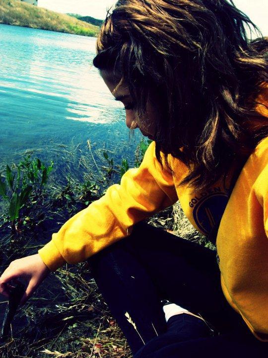 Ceux qui m'on faiit souffrir , m'on rendu plus forte .  Ceux qui m'on fait des remarrques , m'on faiit évoluer .  Ceux qui m'on soutenu , m'on aiider a prendre confiance en moi .  Ceux qui ont toujours été la pour moi , m'on montrer que c'étaiit des vrais amies  Ceux qui m'aiime , font grandir mon coeur . et Ceux qui m'on Laisser tomber , m'on montrer que rien est éternel . . .