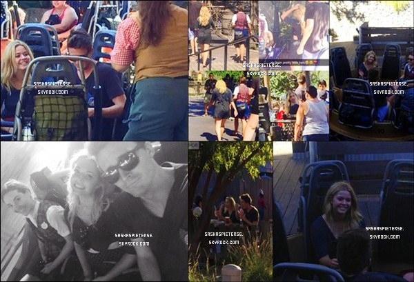 * 29/08/2015 : Sasha est allée avec son boyfriend et des amis à « Disneyland » à Anaheim en Californie.  *