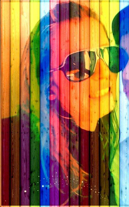 je voit pas ma vie de toute les couleur <3 * je suis heureuse :p
