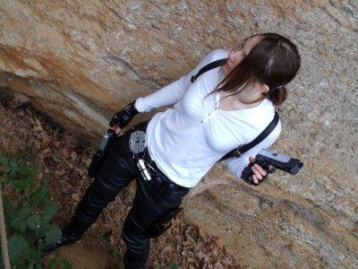 Shooting en extérieur de ma Tenue Legend Motarde sans veste...
