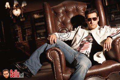Salman Khan outdraws Amitabh Bachchan on Bigg Boss