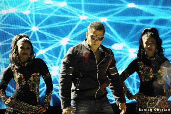 Ahlan Bollywood concert 2012 Salman Khan