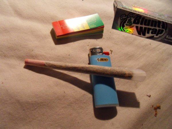smoke zatla man
