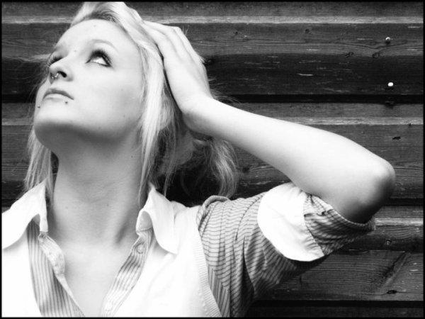 Etre heureux ne signifie pas que tout est parfait, cela veut juste dire que vous avez décidé de regarder au-delà des imperfections.