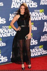 Tenue 'SIXTEEN': Nikki Reed ♥: By Jennifer