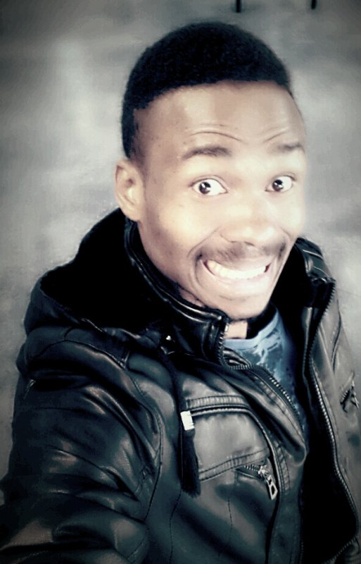 Sourire pour donner le sourire au monde