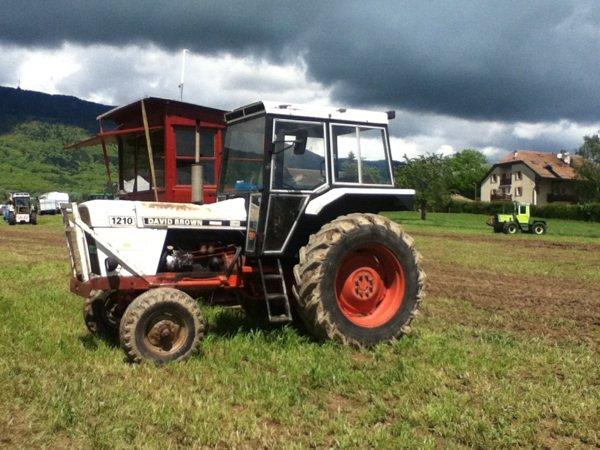 tracteur pulling à tranchepied