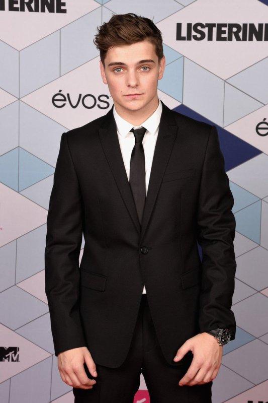 Martin Garrix remporte le meilleur acte électronique et le meilleur spectacle au monde à MTV EMAs
