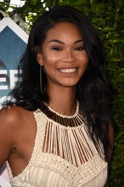 CHANEL IMAN : Mannequin Afro-Americaine Afro-Coréenne