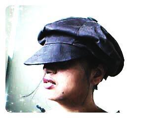 Moi c'est les chapeaux .. entre autre!!!