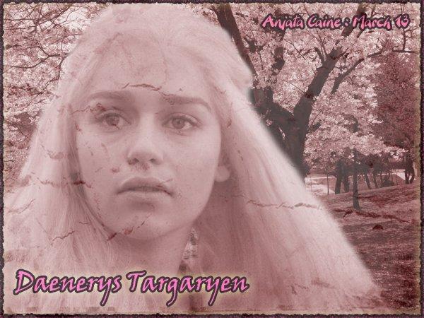 Pour les fans de Game Of Thrones...Daenerys Targaryen...