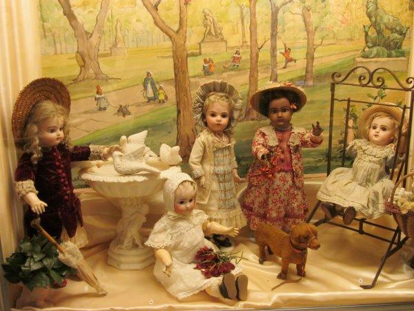 MUSEE DE LA POUPEE  PARIS   NOUVELLE EXPOSITION